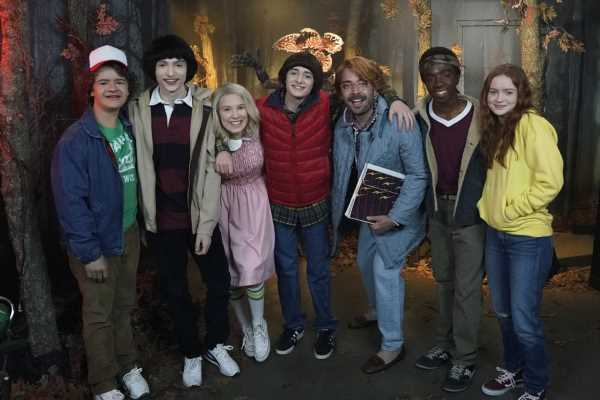 This Video Of The 'Stranger Things' Cast Scaring Fans At A Wax Museum Is Too Funny