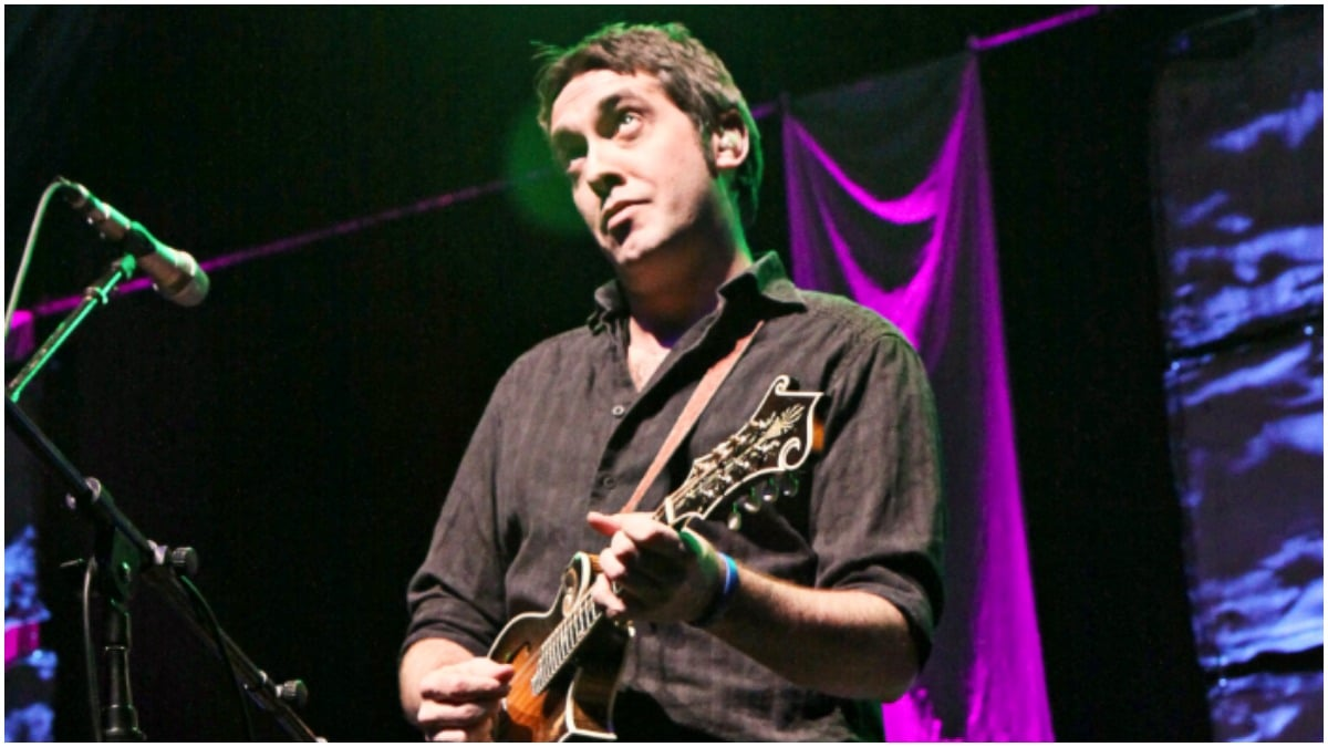 Jeff Austin dead following medical emergency: Yonder Mountain String Band offers touching tribute