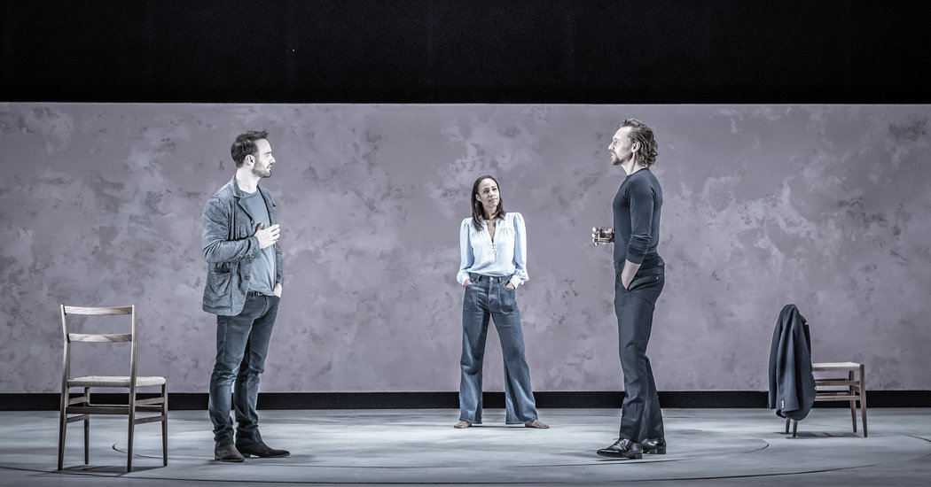 Tom Hiddleston to Star in Broadway Revival of 'Betrayal'