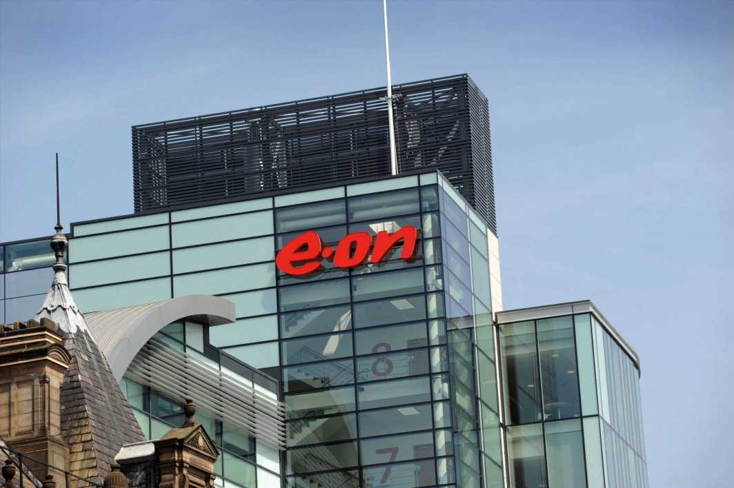 Big Six energy firm E.ON swapping all domestic customers to renewable electricity — at no extra cost – The Sun