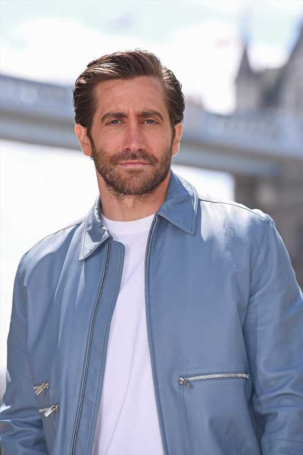 """Jake Gyllenhaal's Dating Status Should Definitely Be """"It's Complicated"""""""