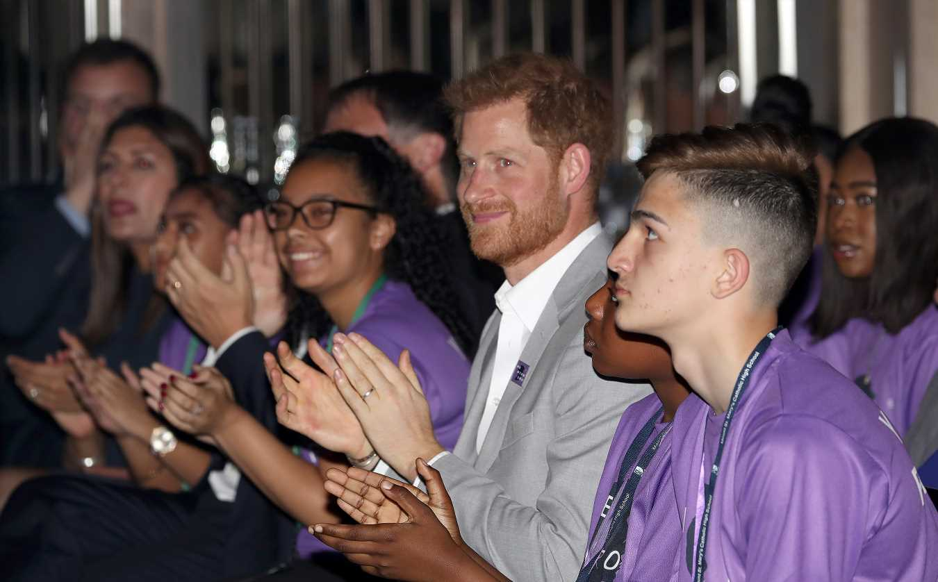 Prince Harry Receives Meaningful Gift to Pass onto Wife Meghan Markle at Mentoring Summit