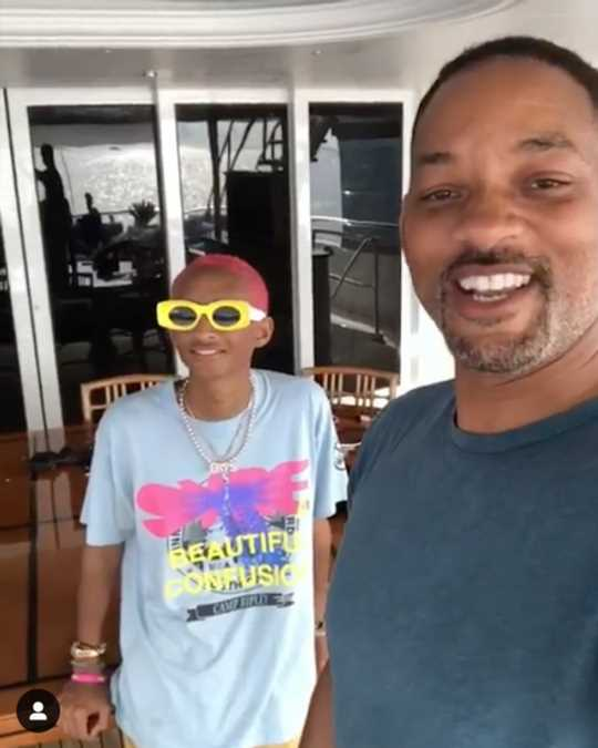 Will Smith Hilariously Annoys His Kids in Family Vacation Video: 'Do Something That Trends!'