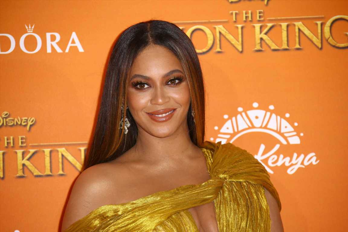 Beyonce's 'Vogue' Photo Acquired by Smithsonian National Portrait Gallery