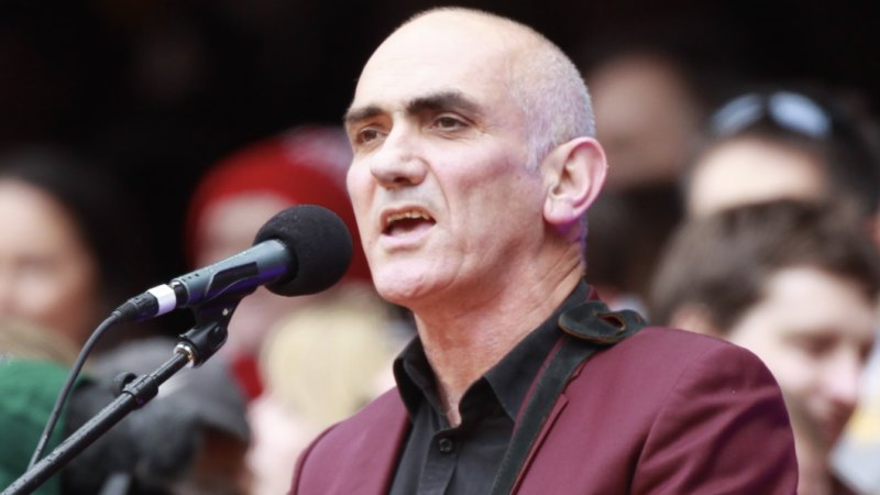 Paul Kelly tipped to headline AFL grand final pre-game entertainment