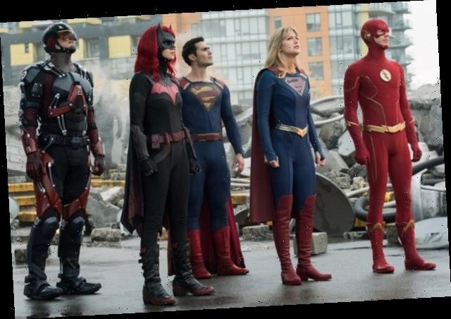 'Crisis on Infinite Earths': First Official Arrowverse Crossover Photos Unite Heroes, Reveal Super Baby
