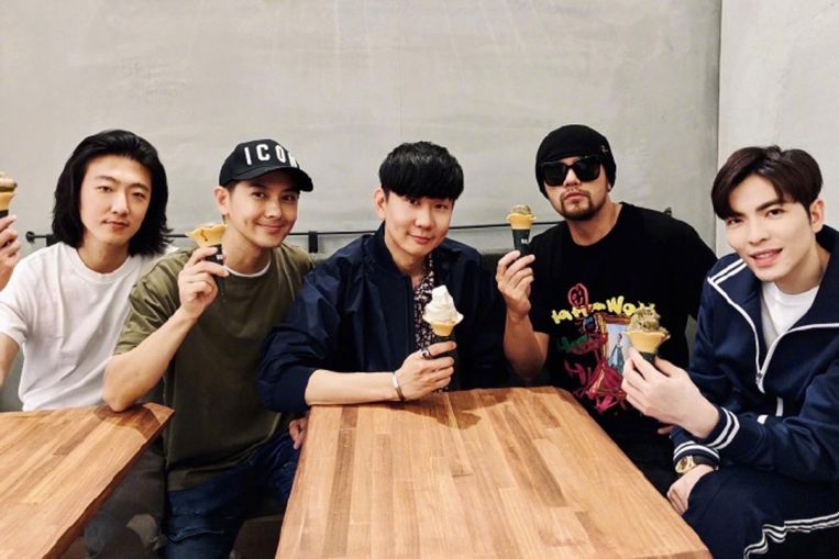 Home-grown singer JJ Lin meets up with four other singers at his coffee joint in Taipei