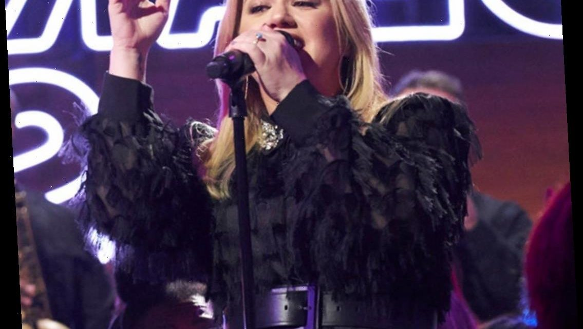 Kelly Clarkson Sued By Management Company Ran By Ex Brandon Blackstock's Father