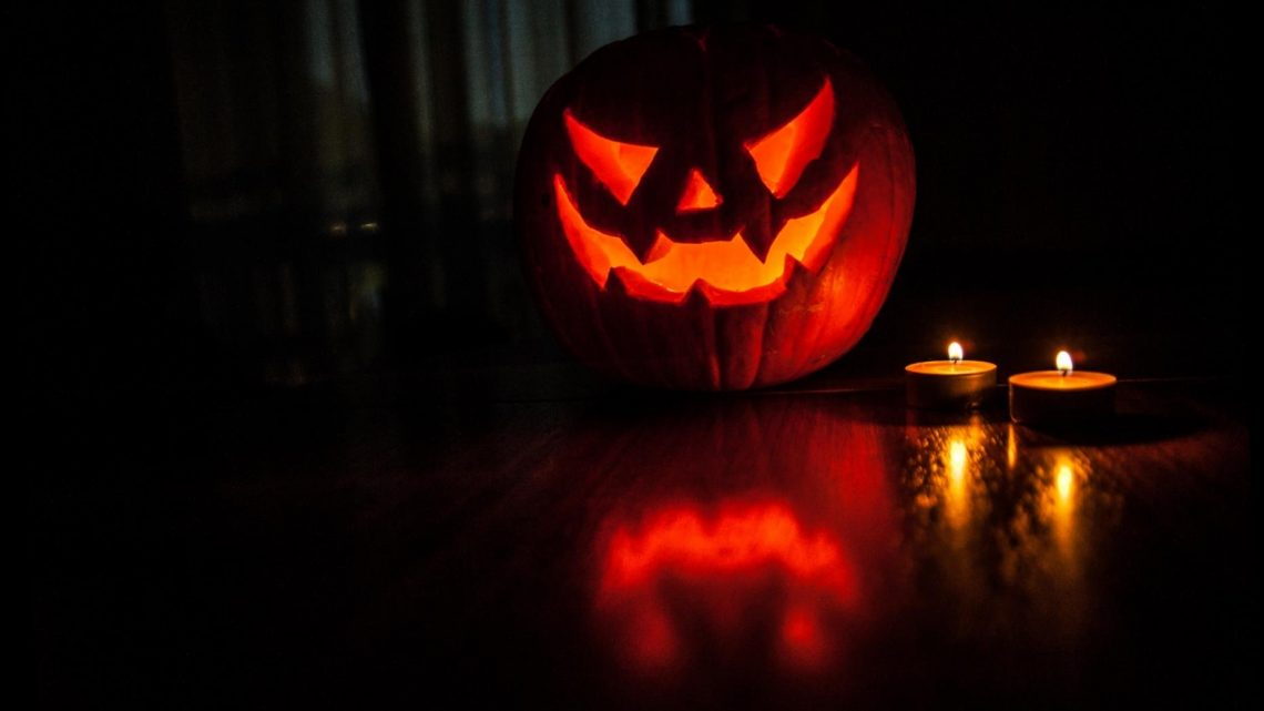 5 Scary Podcasts to Get You in the Mood for Halloween