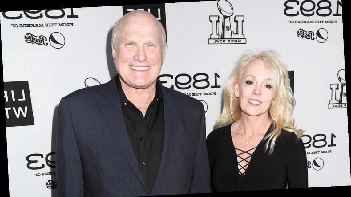 Here's why it took 15 years of dating for Terry Bradshaw to propose to his wife