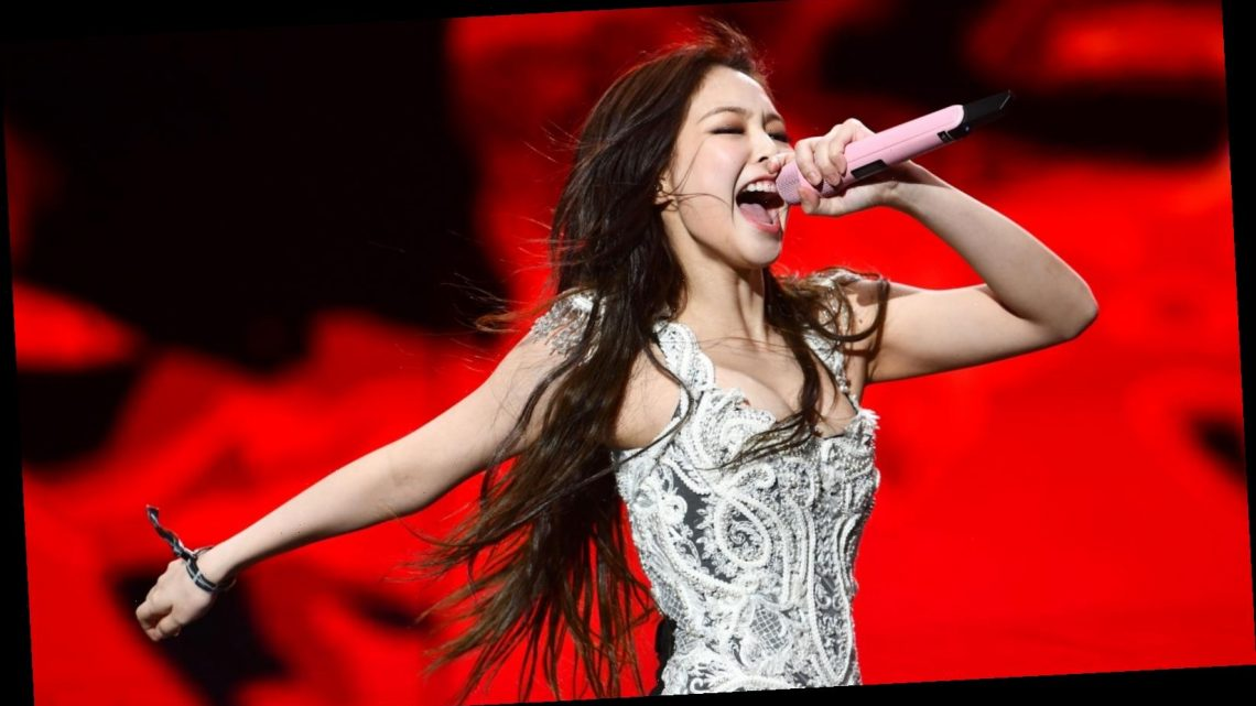 The real reason some Blackpink fans think Jennie is lazy on stage