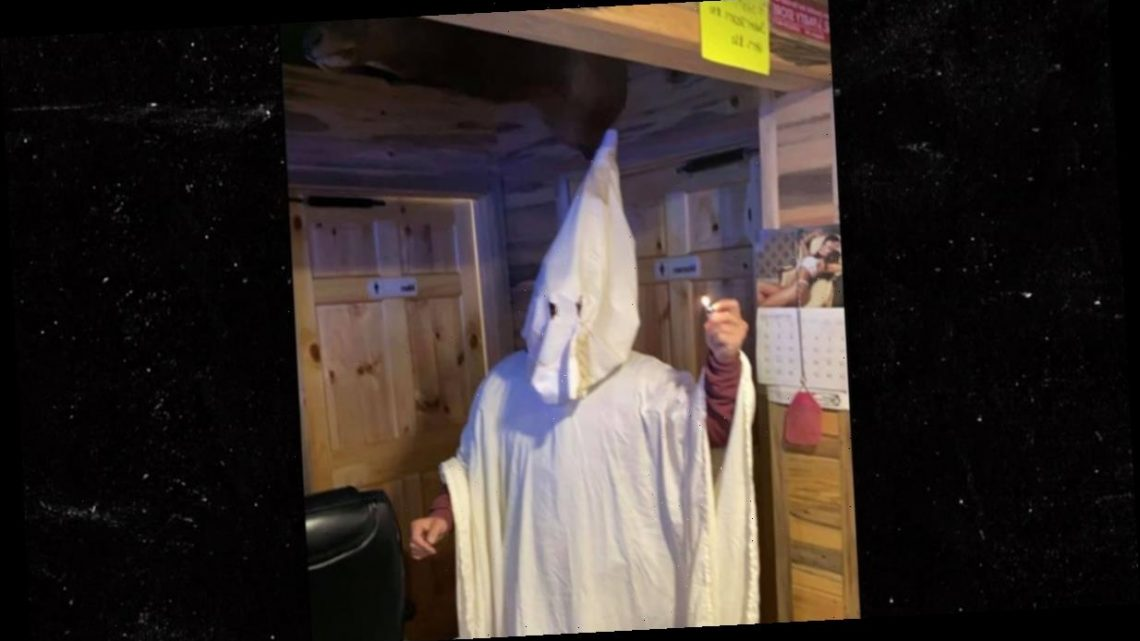 Montana Man in KKK Outfit Wins Costume Contest, He and Bar Apologize