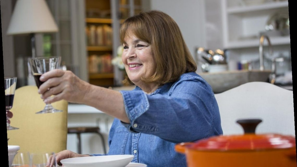 'Barefoot Contessa' Ina Garten On the 1 Thing You Should Never Bring To a Dinner Party