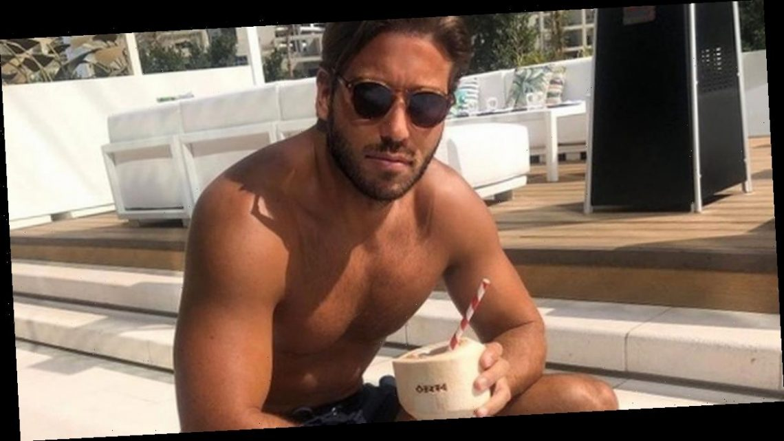 TOWIE's James Lock apologises after backlash over travelling to Dubai for 'work'