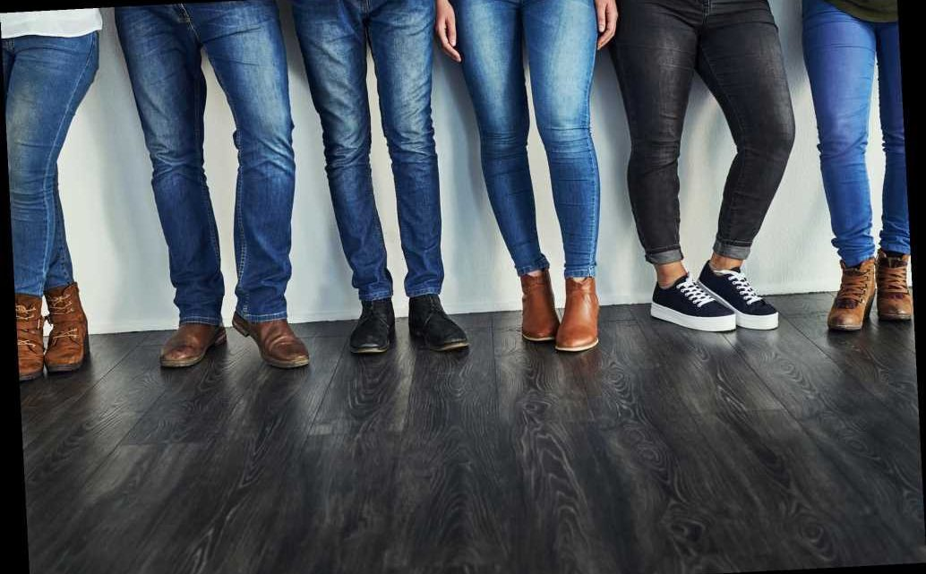Gen Z deems skinny jeans out of style: Here's what you can wear instead