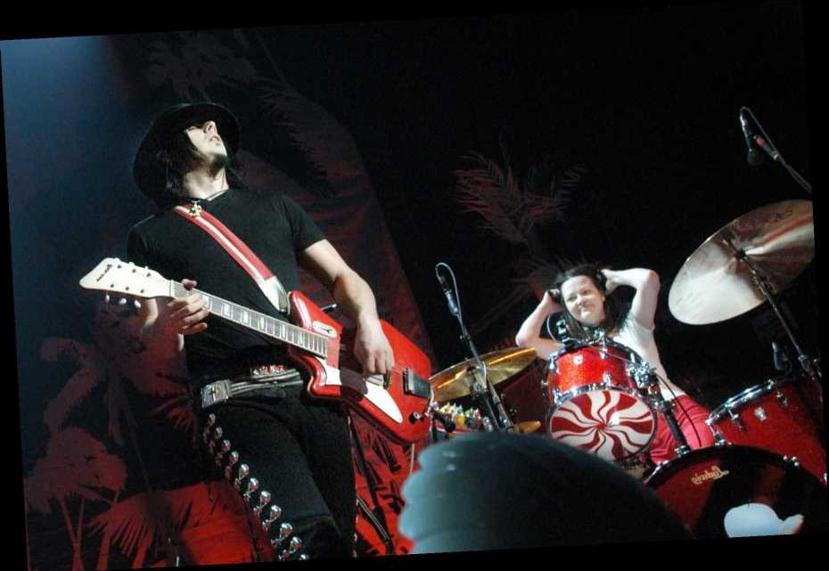 The White Stripes Drop Full 2005 'From the Basement' Performance