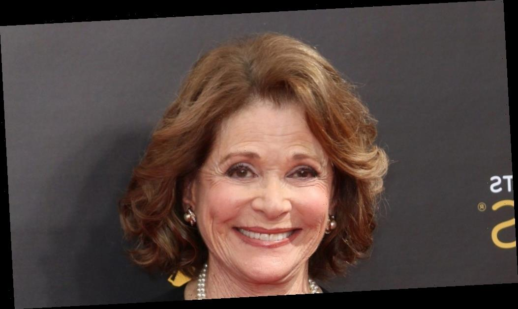 """Ron Howard Pays Tribute To """"Brilliant, Funny"""" Jessica Walter; Other 'Arrested Development' & 'Archer' Co-Stars Share Memories"""