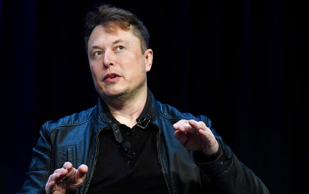"""Elon Musk On His Mars Landing Efforts: """"A Bunch Of People Will Probably Die"""""""