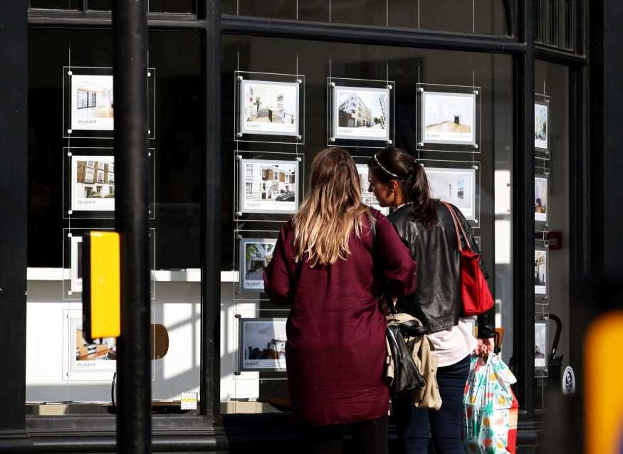 New 5% deposit mortgage scheme launches today – the banks with the best rates and fees revealed