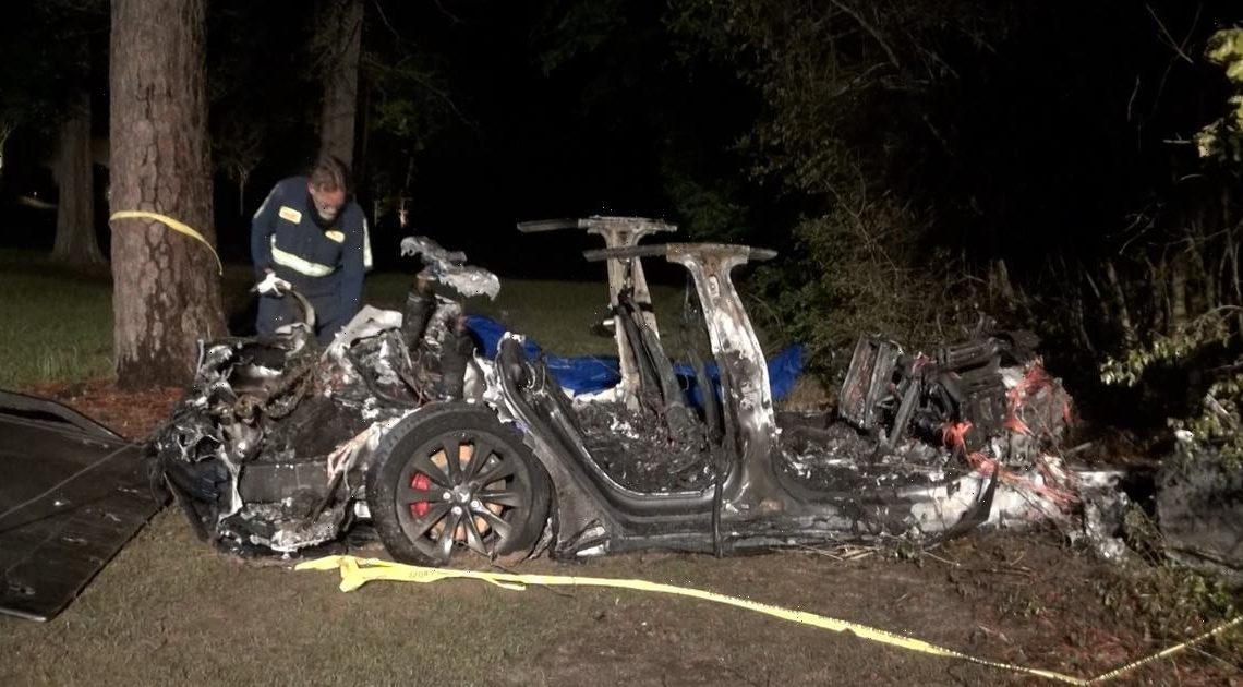 No one was driving Tesla before fiery crash that killed 2 passengers in Texas, authorities say