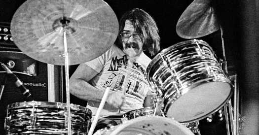 Roger Hawkins, Drummer Heard on Numerous Hits, Is Dead at 75