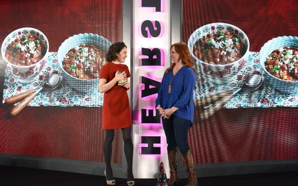 'The Pioneer Woman' Ree Drummond's Dr Pepper Pulled Pork Sandwich Recipe Can Stretch Your Meals