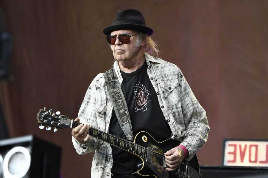Neil Young Is Recording a New Album With Crazy Horse