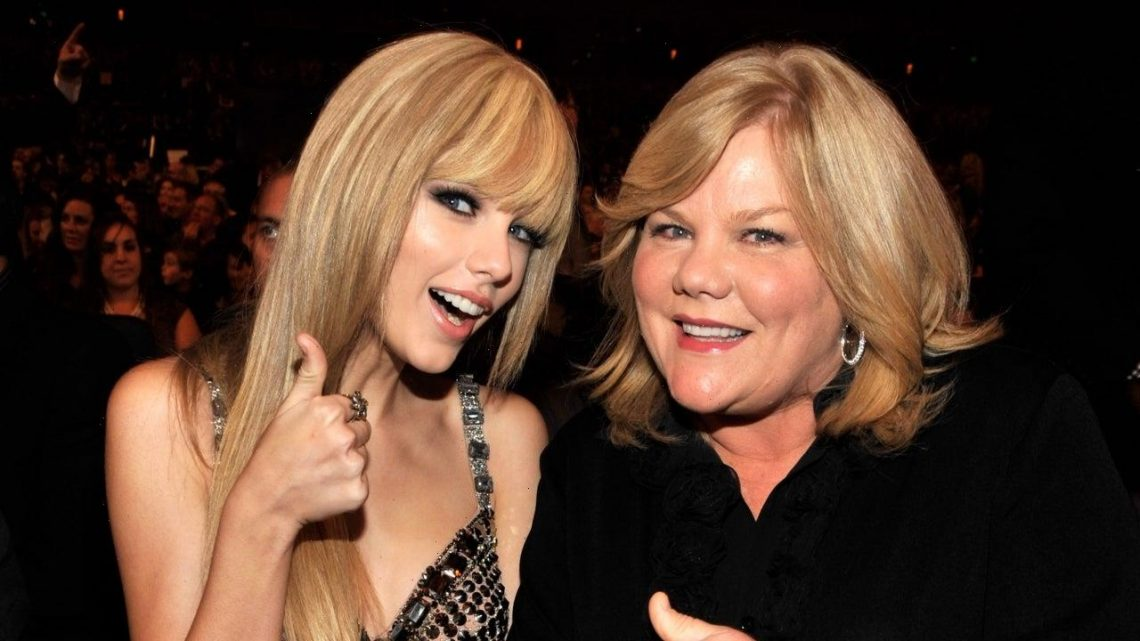 Taylor Swift Sends Sweet Message to Mom After 2021 CMT Awards Win