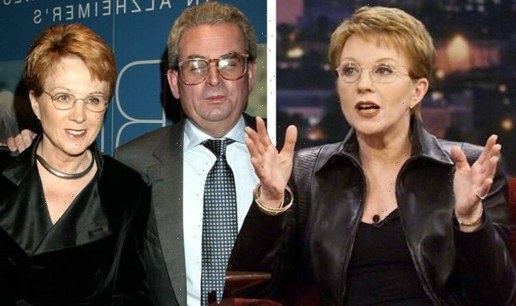 Anne Robinson husband: Countdown host 'struggled' after 'dying to get out' of marriage