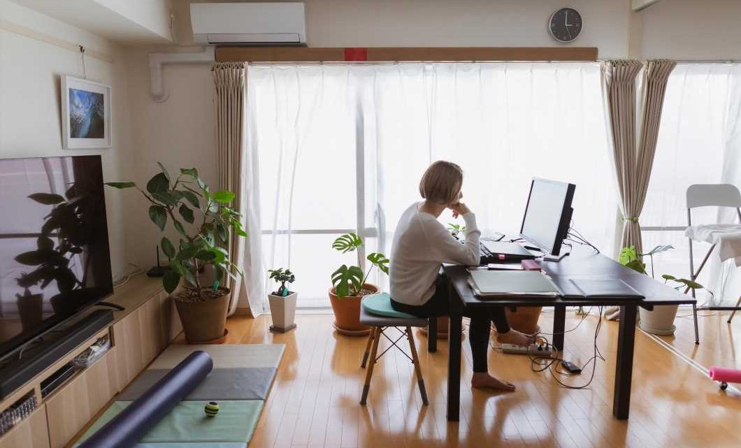 Can you stop working from home if it's too hot? Know your rights