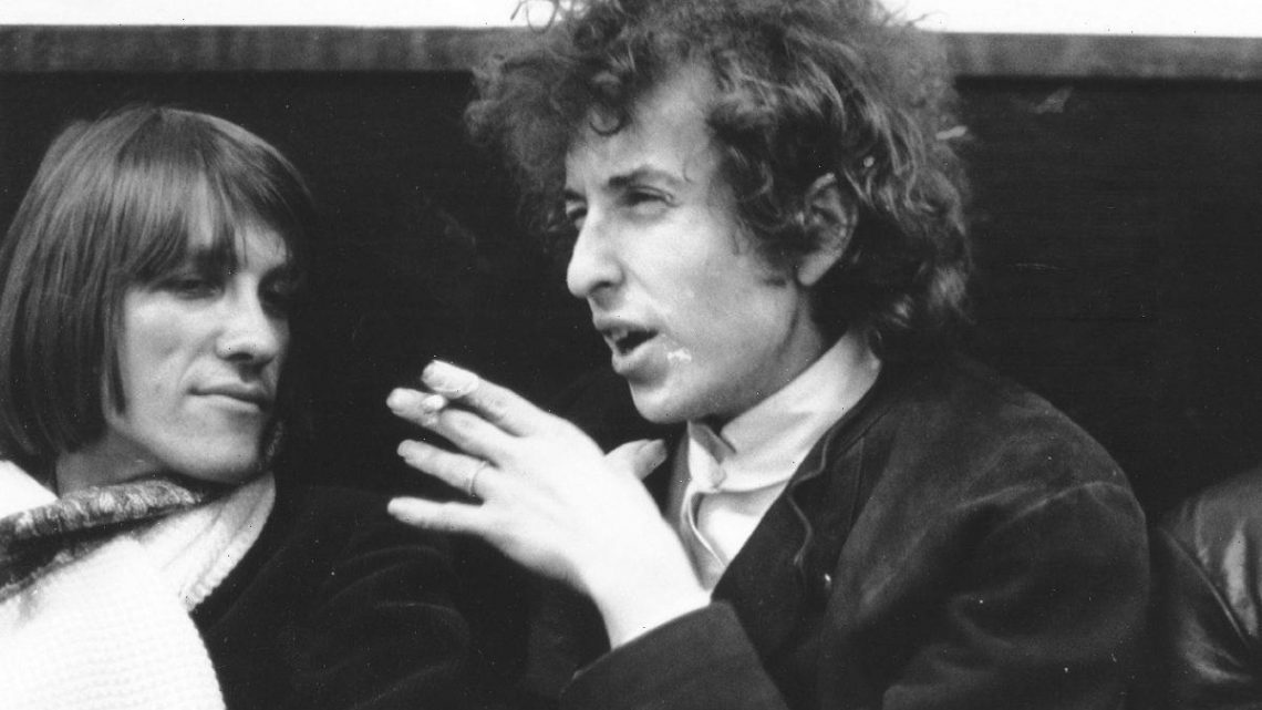 Classic Lines: Bob Dylan's 'To Live Outside the Law You Must Be Honest' Cuts Through 'Blonde on Blonde'