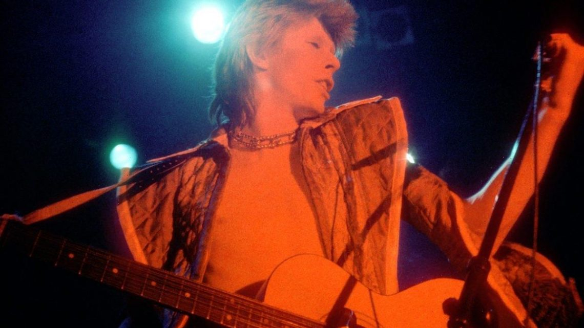 Classic Lines: David Bowie's 'Homo Sapiens Have Outgrown Their Use' Hangs Over 'Hunky Dory'