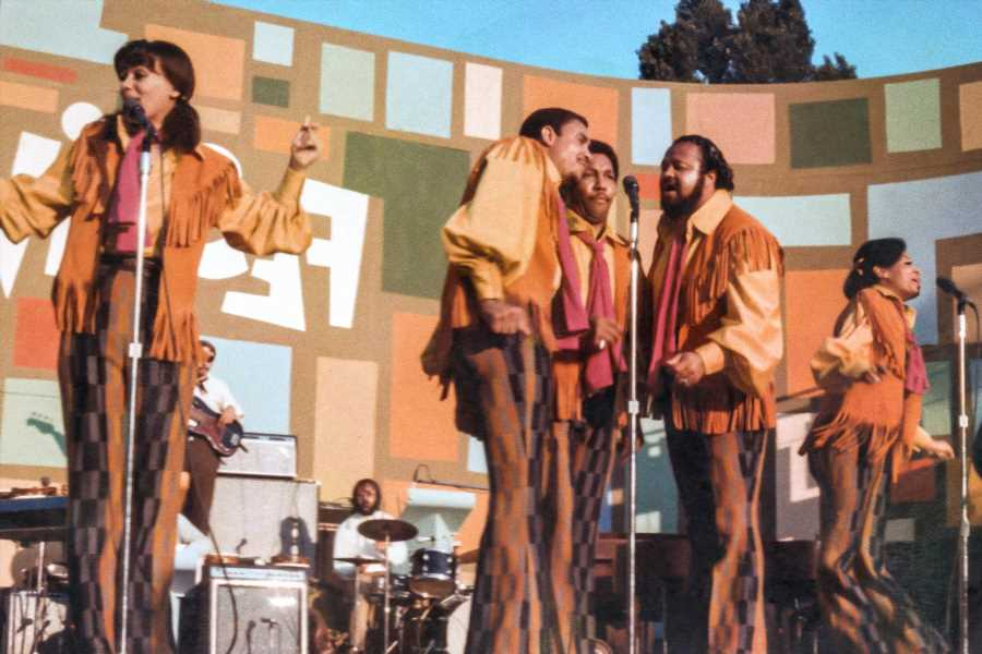'Let the Sunshine In': Remembering the 5th Dimension's Quiet Revolution