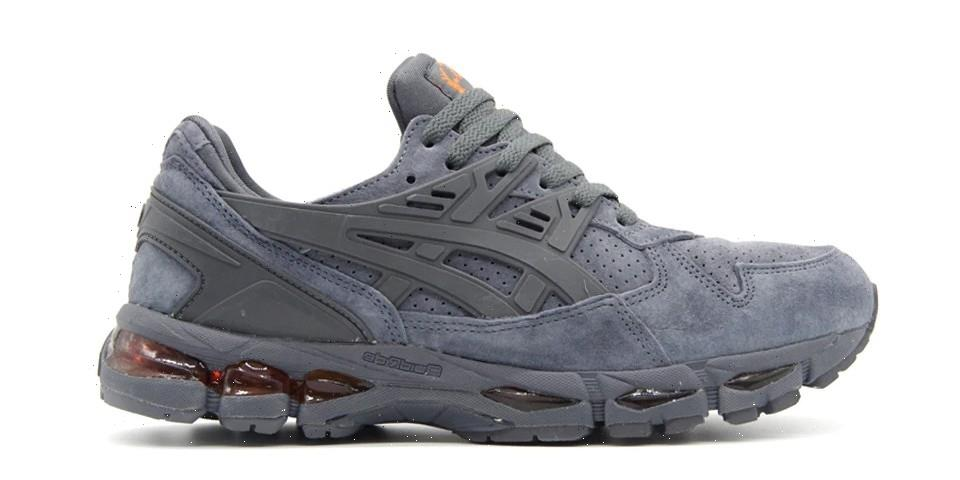 ASICS' GEL-Kayano Trainer 21 Arrives in Two Monochromatic Makeups