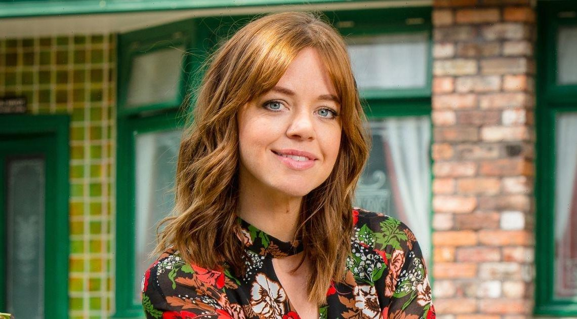 Corrie fans beg for character return as Georgia Taylor shares epic throwback