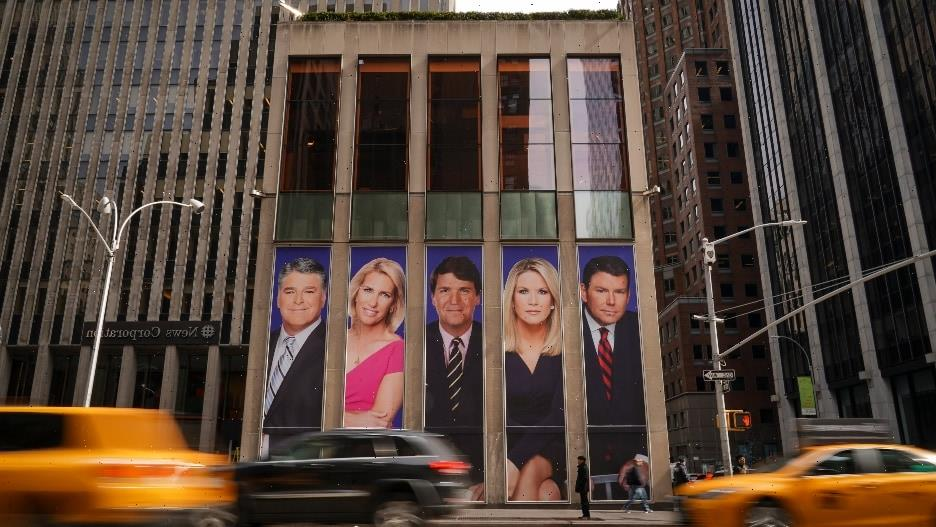 Fox News Now Mandates Staffers to Disclose Vaccine Status or Wear Masks