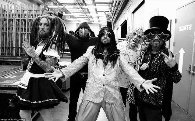 Korn Call Off More Shows as Frontman Is Revealed to Test Positive for Covid-19