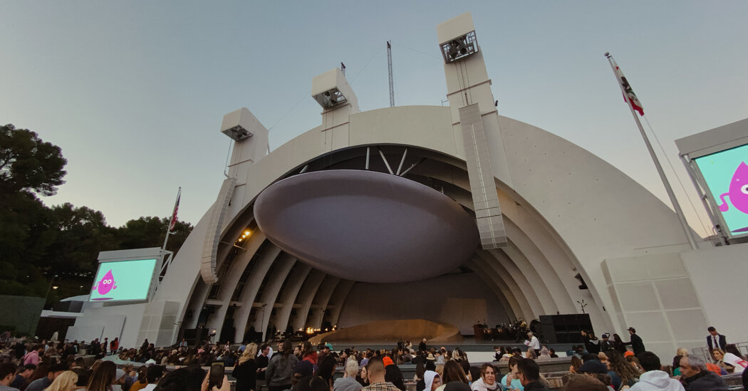 Los Angeles to Require Masks at Large Outdoor Concerts and Events