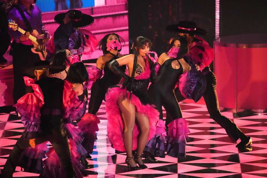 Camila Cabello Flaunts Her Dance Moves With 'Don't Go Yet' at the 2021 VMAs
