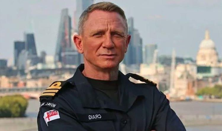 Daniel Craig is made honorary Commander by Royal Navy
