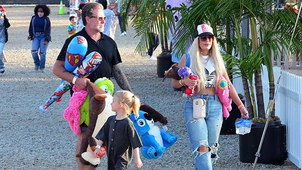 Tori Spelling & Dean McDermott Publicly Reunite With Kids For Night Out Amidst Split Rumors
