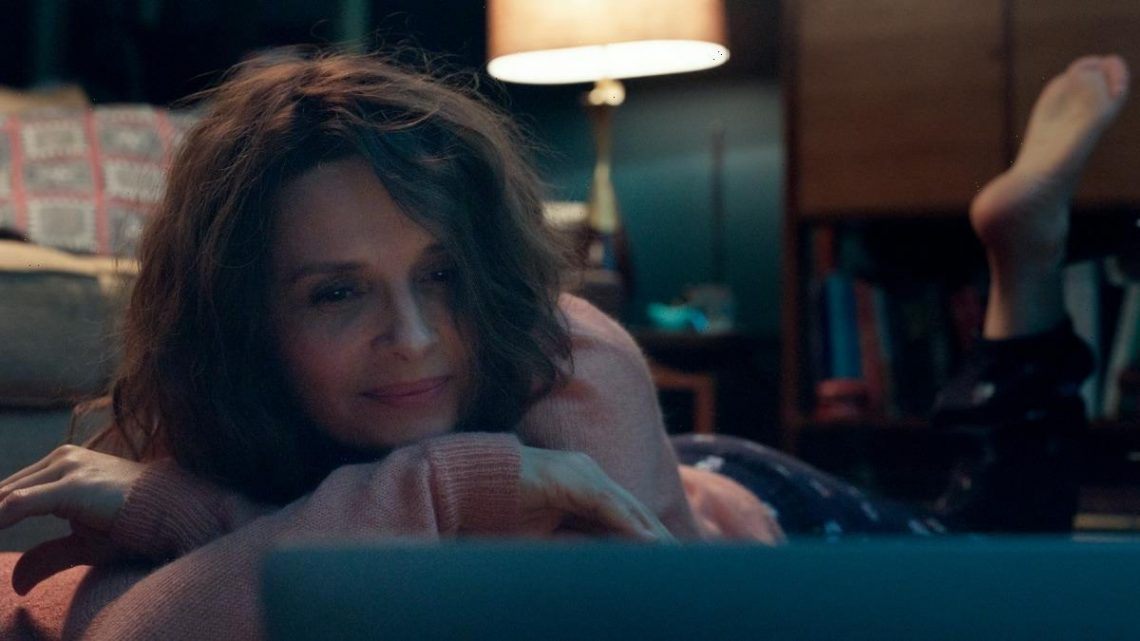 'Who You Think I Am' Film Review: Juliette Binoche Signs On and Seduces in Sexy Thriller