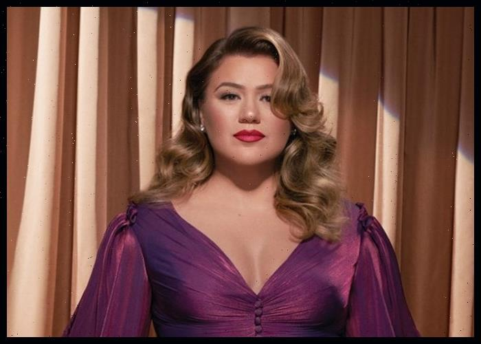 Kelly Clarkson Rocks Cover Of Lits My Own Worst Enemy